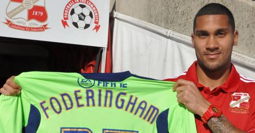 Wes Foderingham Signs