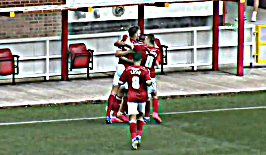 Swindon 3-1 Scunthorpe Utd: Town Deliver A Winning Start