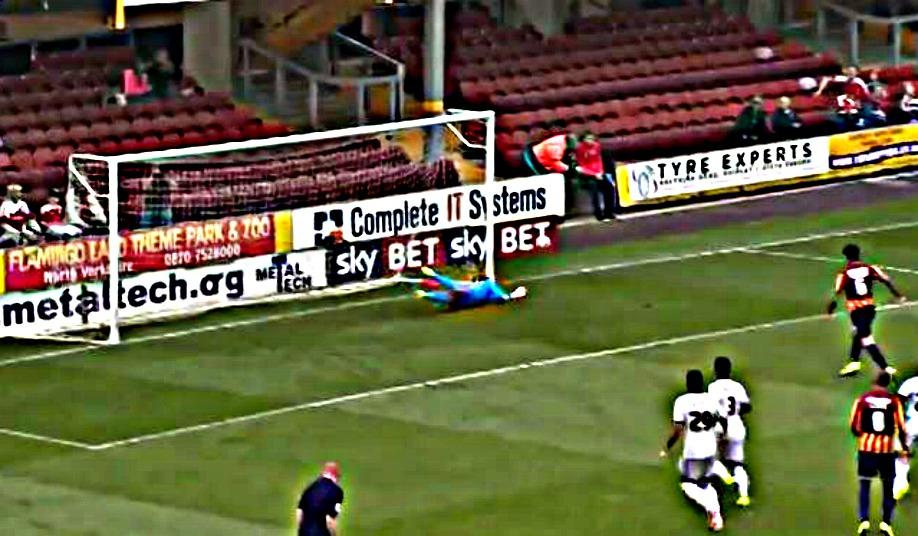 2014.09.18 Bradford City - Wes Save