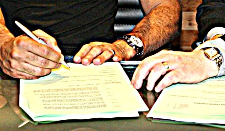 contract_signing