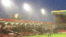 Daniel 'STFC' Hunt @dphunt88 - It's snowing at the Bescot! Now it feels like Christmas! COYR! #STFC