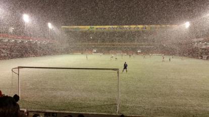 Daniel 'STFC' Hunt @dphunt88 - Ummmm.... now it's really snowing!