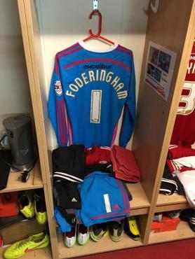 Graham Banks @3pintsmbe - Enjoying the day, meeting my favourite player