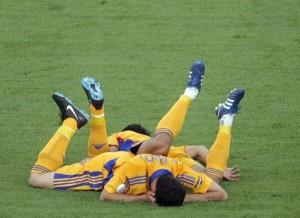 footballers-faking-injury