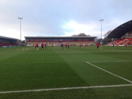@garrytrinder Players are out for warmup #STFC